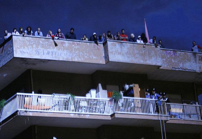 Video dell'assalto dei carabinieri alla casa occupata 8 marzo